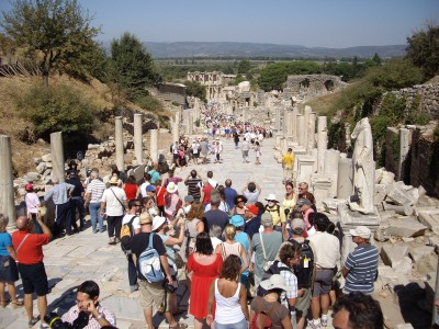 2499 A lonely day in Ephesus.JPG